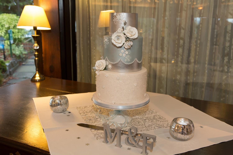 Cake by Mama Cakes